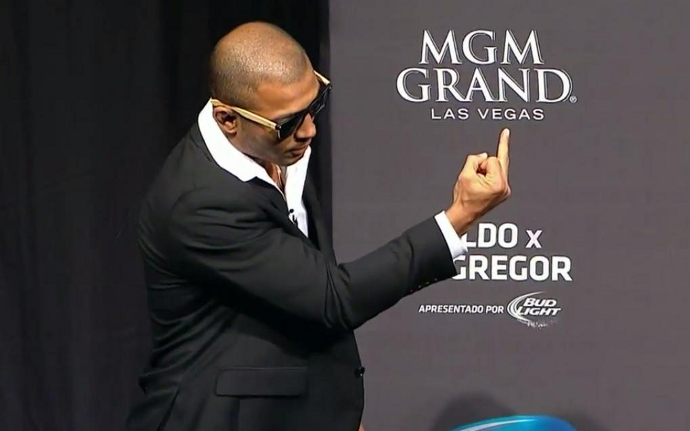José Aldo manda as boas-vindas a Conor McGregor