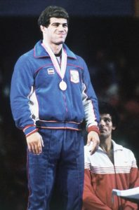 Mark-Schultz-podio-olimpico