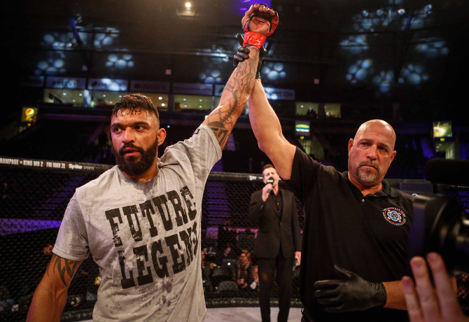 Liam McGeary passa por Brett McDermott e prospecto James Gallagher vence mais uma no Bellator 173