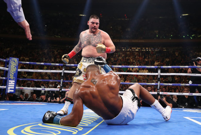Andy Ruiz nocauteia Anthony Joshua