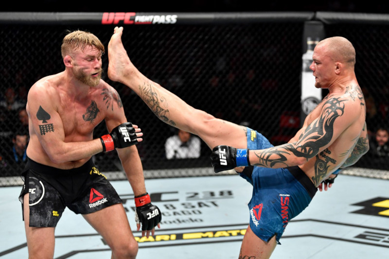 Anthony Smith finalizou Alexander Gustafsson no UFC Estocolmo
